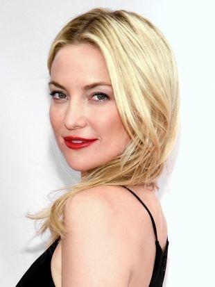 Яркий макияж для блондинок, макияж для блондинок с красной помадой