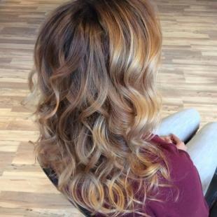 Мелирование на темные волосы, модное окрашивание на длинные волосы