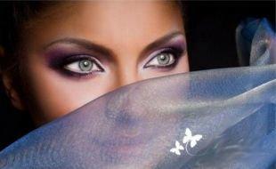 Восточный макияж для голубых глаз, вечерний макияж в фиолетовых тонах для серых глаз