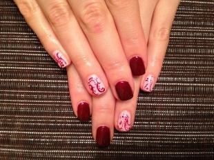 Рисунки на ногтях кисточкой, бордовый маникюр на короткие ногти