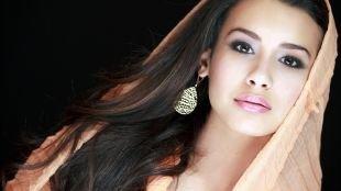 Азиатский макияж, дымчатый макияж для карих глаз