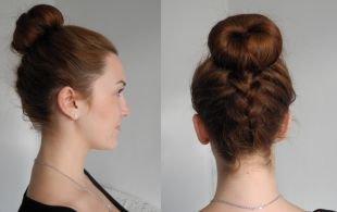 Прически с косой на средние волосы, простая прическа с бубликом