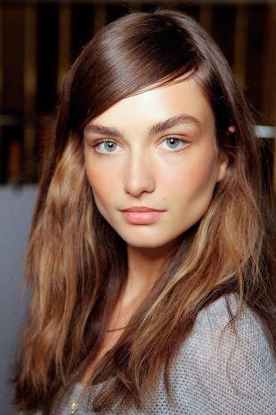 Легкий макияж для серых глаз, макияж на 1 сентября для шатенок