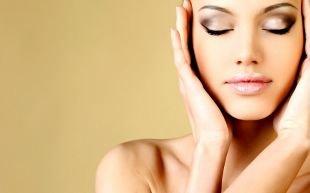 3 способа уменьшить лицо с помощью макияжа