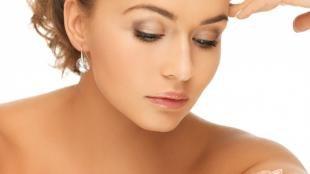 Легкий макияж для зеленых глаз, натуральный свадебный макияж