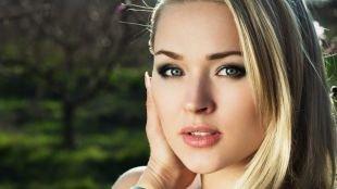 Темный макияж для серых глаз, макияж смоки айс для блондинок