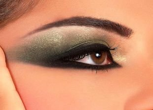 Яркий макияж для карих глаз, завораживающий восточный макияж