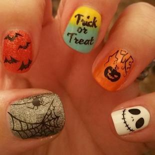 Рисунки паука на ногтях, маникюр на хэллоуин в школу
