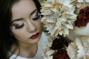 Макияж в цветах марсала, профессиональный мейкап для фотосессии