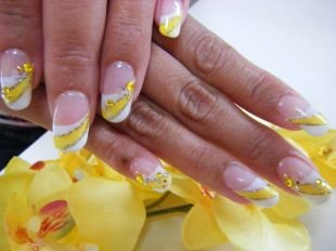 Красивый дизайн ногтей, твист-френч