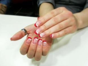 Красный френч, двойной френч в красно-белом цвете
