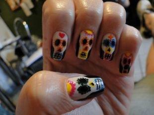 Легкие рисунки на ногтях, страшный маникюр на хеллоуин