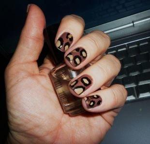 Рисунки на маленьких ногтях, леопардовый маникюр