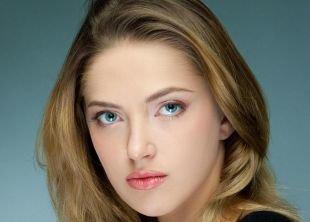 Легкий макияж на каждый день, дневной макияж для голубых глаз