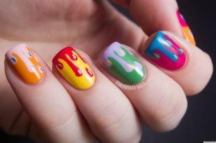 Рисунки на ногтях для начинающих, яркий модный френч