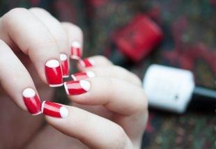 Дизайн ногтей шеллаком, лунный красно-белый маникюр
