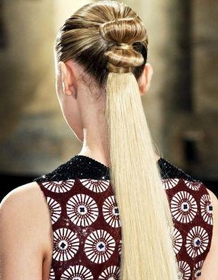 Русый цвет волос на длинные волосы, модный конский хвост на 1 сентября