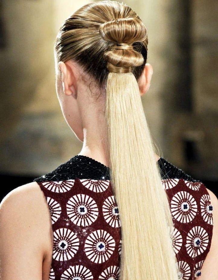 Красивая модная прическа на 1 сентября